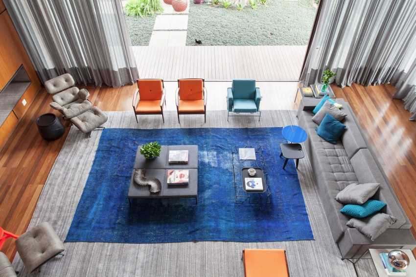 open plan living - outdoors indoors