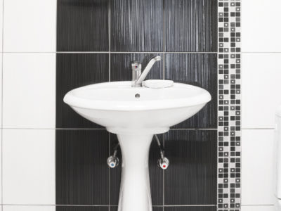 How a New Pedestal Basin Can Benefit Your Bathroom