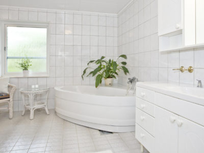 Bathroom Tiling: How to Choose the Best Type for Your Home