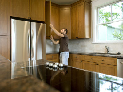 4 Reasons to get a Carpenter to Make your Cabinets