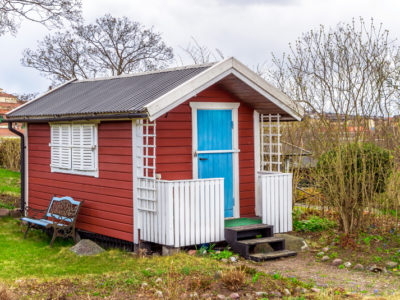 Plastic Garden Sheds: the Benefits and Drawbacks
