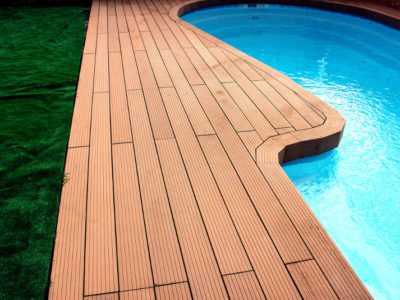 4 Reasons to Install Composite Decking in Your Garden