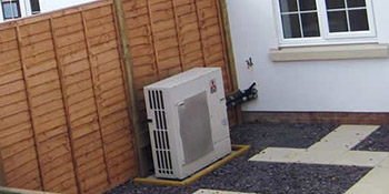 Air source heat pump in Leicester
