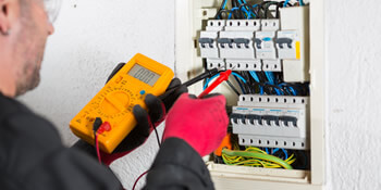 Electrical testing (pat testing) in Borehamwood
